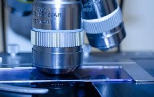 medische-instrumenten-microscoop